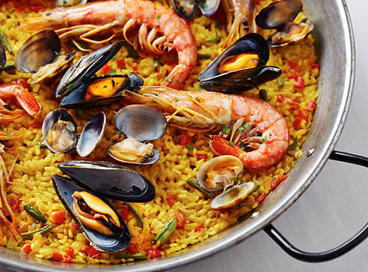 Spanish seafood paella in a pan at a Fort Lauderdale, Florida restauran