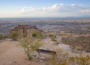 Looking down phoenix atop south mountain on a clear day